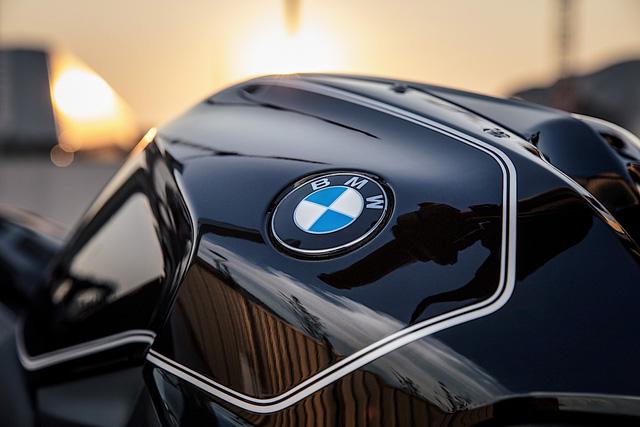 Làm quen với BMW R1200R Black Edition mới, giá từ 393,5 triệu Đồng - Ảnh 5.