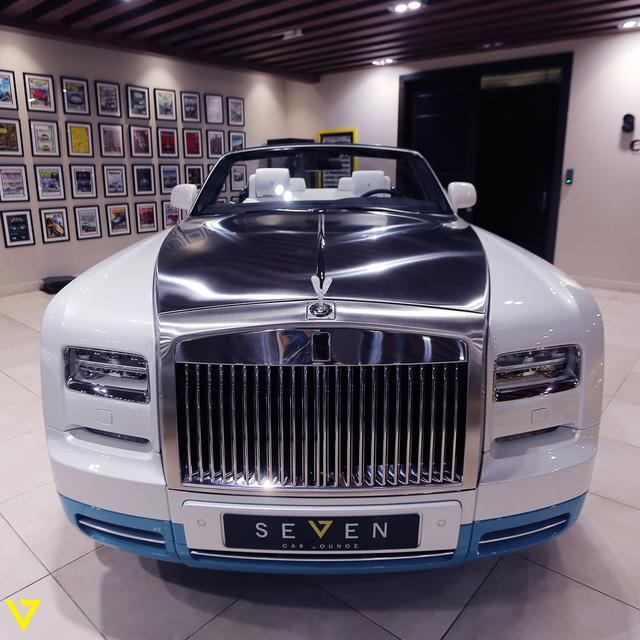 Cận cảnh chiếc Rolls-Royce Phantom Drophead Coupe ra lò cuối cùng - Ảnh 6.