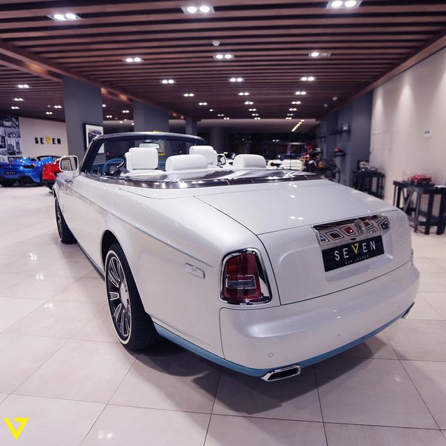 Cận cảnh chiếc Rolls-Royce Phantom Drophead Coupe ra lò cuối cùng - Ảnh 13.