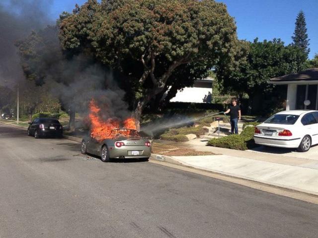 Hàng chục xe cháy bất thường, khách hàng tức giận vì BMW không chịu triệu hồi - Ảnh 3.