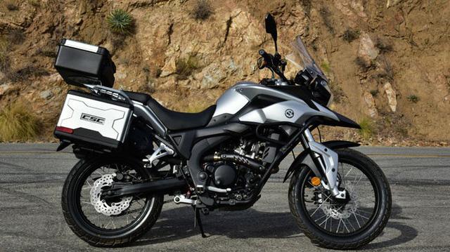 Xe adventure nhái kiểu dáng CSC RX3 có phiên bản nhẹ và rẻ hơn - Ảnh 1.