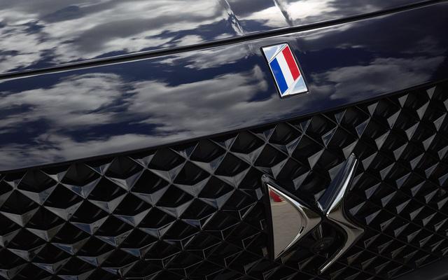 Khám phá chiếc SUV mở mui đặc biệt của tân Tổng thống Pháp Emmanuel Macron - Ảnh 4.
