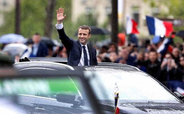 Khám phá chiếc SUV mở mui đặc biệt của tân Tổng thống Pháp Emmanuel Macron - Ảnh 7.