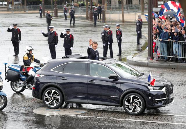 Khám phá chiếc SUV mở mui đặc biệt của tân Tổng thống Pháp Emmanuel Macron - Ảnh 8.