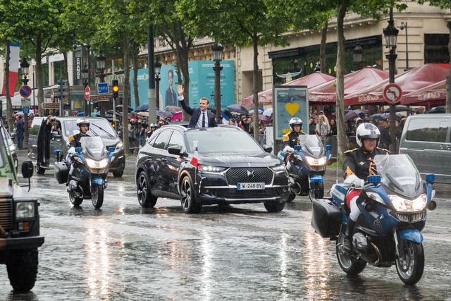 Khám phá chiếc SUV mở mui đặc biệt của tân Tổng thống Pháp Emmanuel Macron - Ảnh 10.