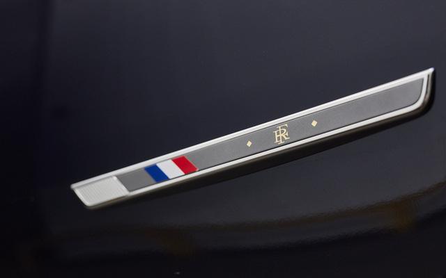Khám phá chiếc SUV mở mui đặc biệt của tân Tổng thống Pháp Emmanuel Macron - Ảnh 11.
