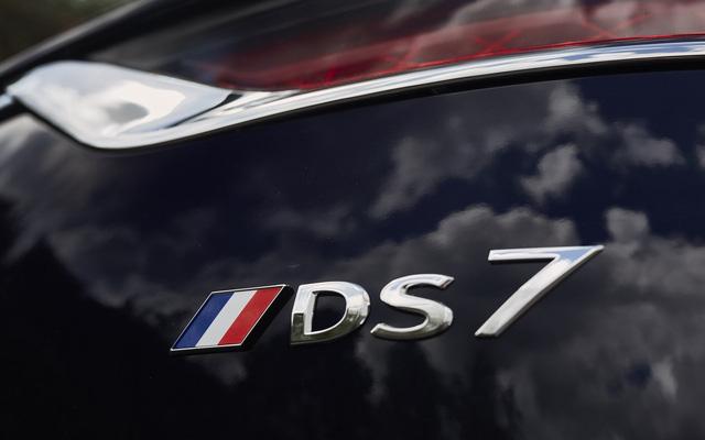 Khám phá chiếc SUV mở mui đặc biệt của tân Tổng thống Pháp Emmanuel Macron - Ảnh 12.