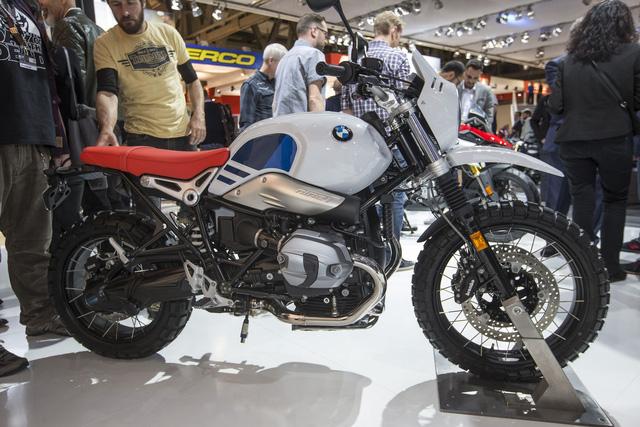 Dầu nhớt xe máy nhập khẩu Totachi cùng với hãng BMW đã vén màn một thành viên mới của dòng mô tô R nineT mang tên Urban G/S. - Ảnh 5.
