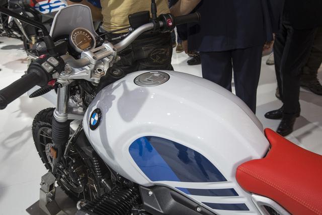 Dầu nhớt xe máy nhập khẩu Totachi cùng với hãng BMW đã vén màn một thành viên mới của dòng mô tô R nineT mang tên Urban G/S. - Ảnh 10.