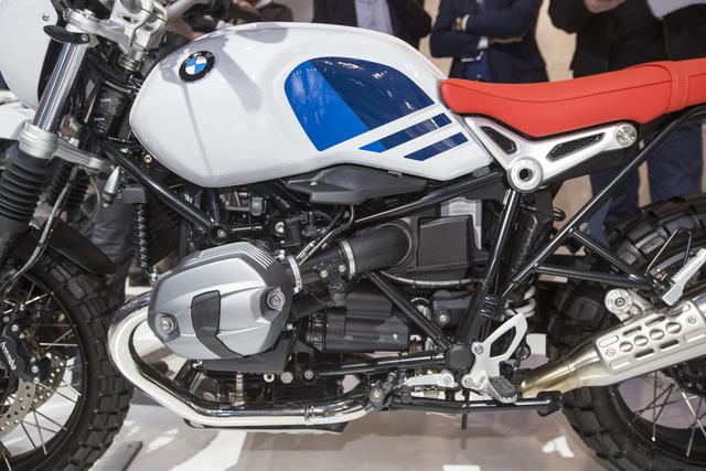 Dầu nhớt xe máy nhập khẩu Totachi cùng với hãng BMW đã vén màn một thành viên mới của dòng mô tô R nineT mang tên Urban G/S. - Ảnh 13.