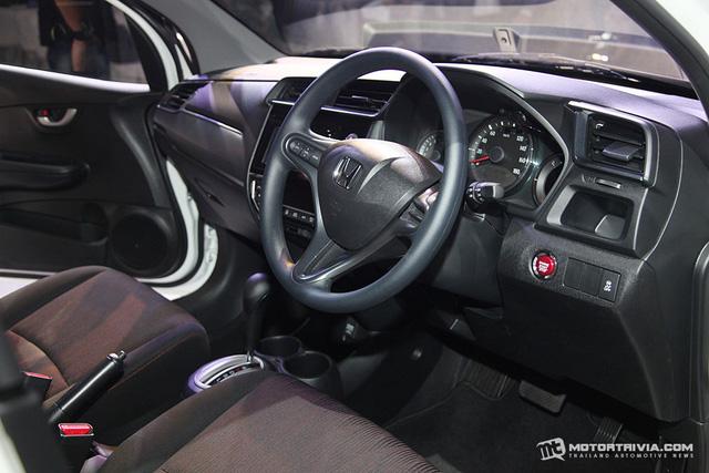 Xe MPV bình dân Honda Mobilio 2017 ra mắt Thái Lan, giá từ 433 triệu Đồng - Ảnh 6.