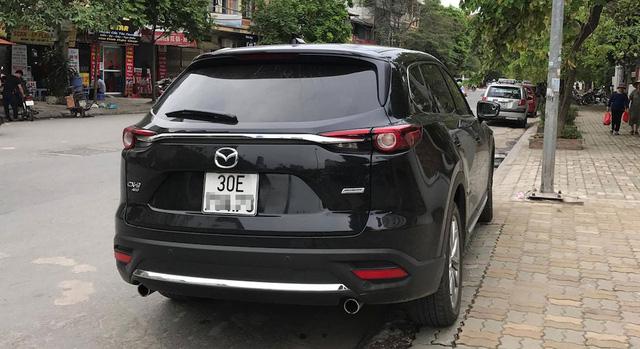 Crossover tiền tỷ Mazda CX-9 2017 đầu tiên ra biển trắng tại Việt Nam - Ảnh 1.