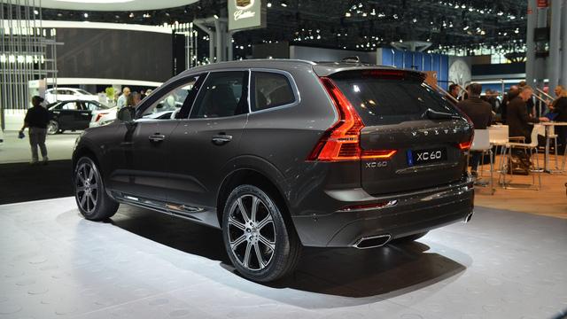 Crossover cao cấp Volvo XC60 2018 đã có giá bán - Ảnh 2.