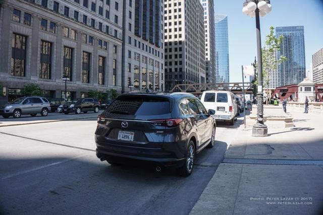 Bắt gặp crossover 3 hàng ghế Mazda CX-8 hoàn toàn mới trên đường phố - Ảnh 1.