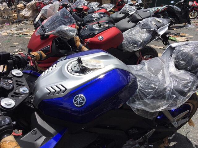 Nhớt dành cho xe côn tay cao cấp Totachi hân hạnh giới thiệu Dàn xe Yamaha R15
