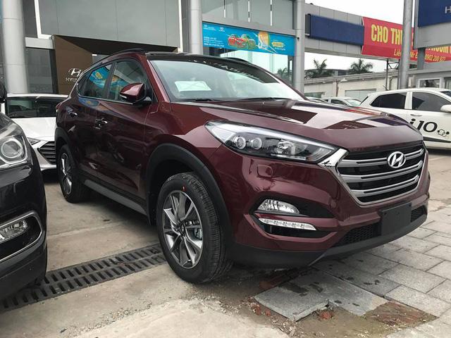 Cận cảnh crossover cỡ nhỏ Hyundai Tucson 2017 tại Hà Nội - Ảnh 5.