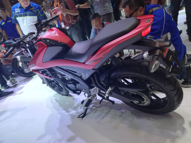 Xe côn tay Yamaha V-Ixion R 2017 được báo giá, từ 50,3 triệu Đồng - Ảnh 14.