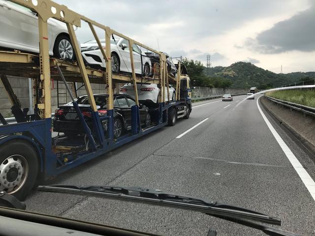 Bắt gặp Toyota Camry 2018 có thể về Việt Nam trên đường phố - Ảnh 2.
