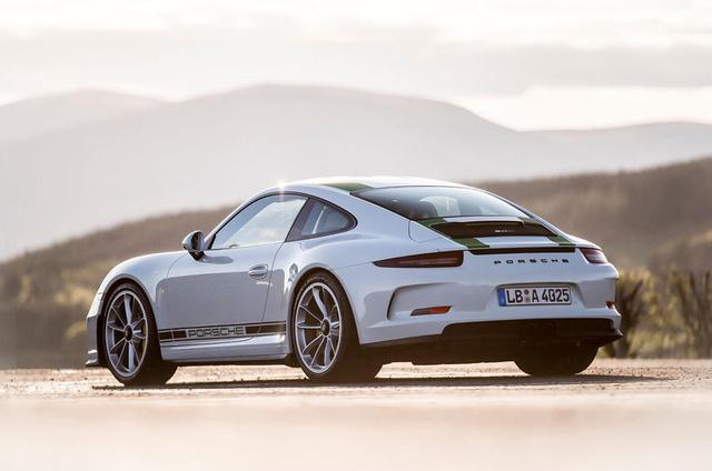 Porsche không hài lòng với những khách hàng mua xe để đầu cơ - Ảnh 2.