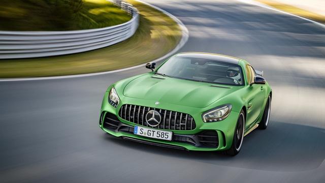 Chiếc siêu xe Mercedes-AMG GT R đầu tiên gặp nạn trên thế giới - Ảnh 2.