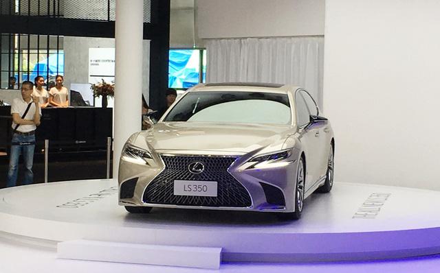 Sedan hạng sang cỡ lớn Lexus LS 2018 có thêm bản tiêu chuẩn mới - Ảnh 2.