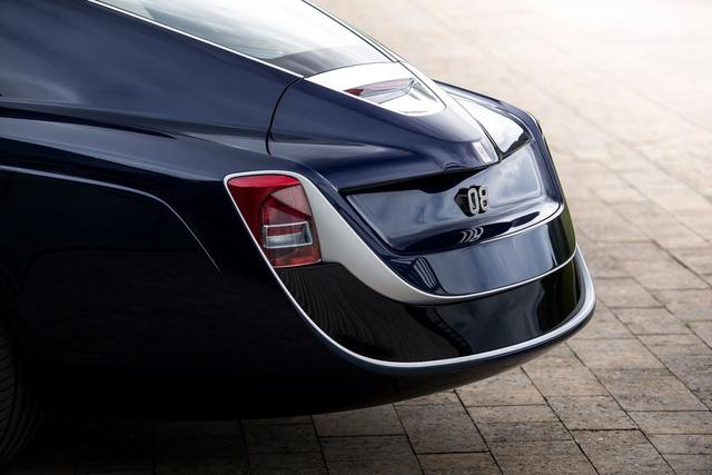 Bắt gặp kiệt tác 290,6 tỷ Đồng Rolls-Royce Sweptail trên đường phố - Ảnh 7.