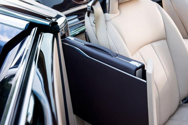 Bắt gặp kiệt tác 290,6 tỷ Đồng Rolls-Royce Sweptail trên đường phố - Ảnh 12.