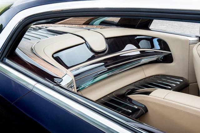 Bắt gặp kiệt tác 290,6 tỷ Đồng Rolls-Royce Sweptail trên đường phố - Ảnh 13.
