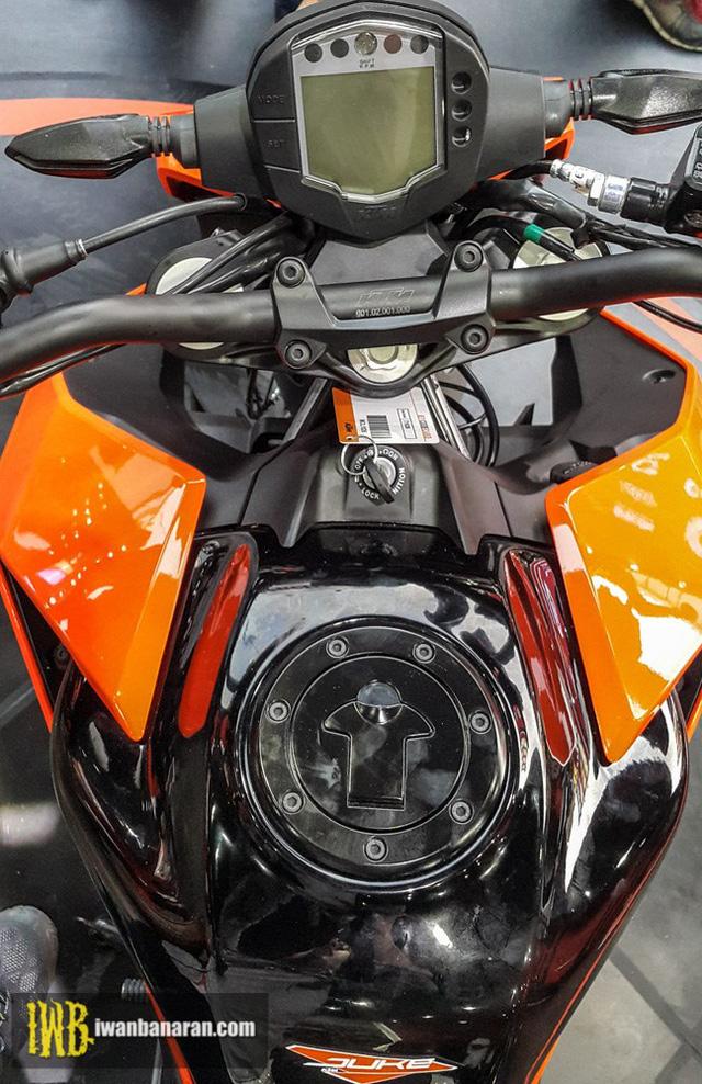 Cặp đôi naked bike cho người mới chơi KTM Duke 250 và Duke 390 2017 ra mắt Đông Nam Á - Ảnh 4.