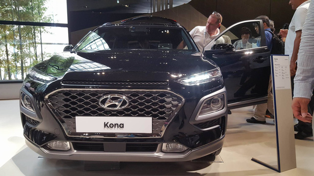 SUV đô thị Hyundai Kona 2018 có thể về Việt Nam chính thức trình làng - Ảnh 4.