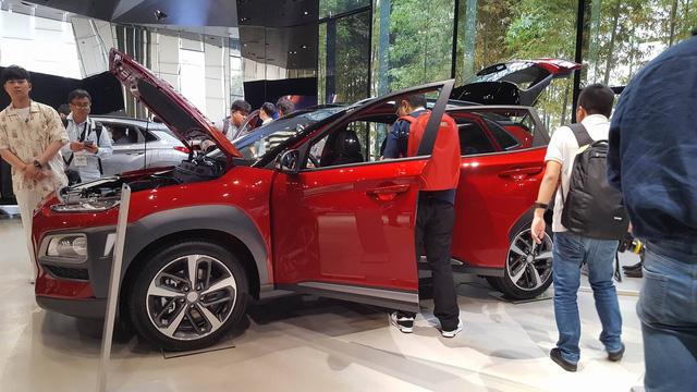 SUV đô thị Hyundai Kona 2018 có thể về Việt Nam chính thức trình làng - Ảnh 9.