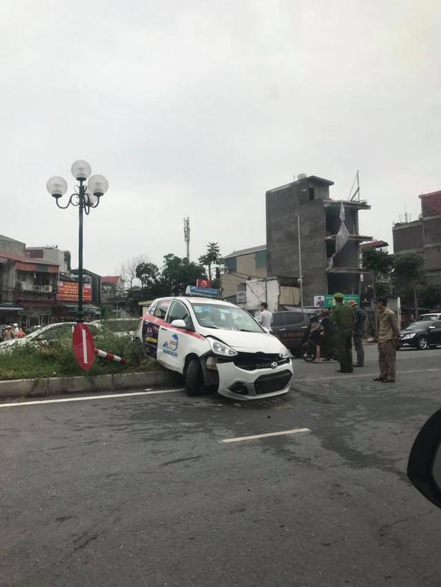 Hà Nội: Xe điên Toyota Fortuner gây tai nạn liên hoàn khiến 3 người bị thương - Ảnh 3.