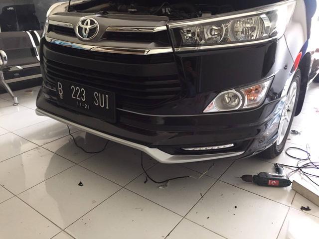 Toyota Innova 2016 hầm hố hơn với bộ body kit của Thái Lan, khách Việt cũng có thể đặt mua - Ảnh 2.