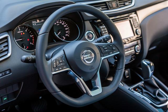 Chi tiết SUV cỡ nhỏ Nissan Qashqai 2018 với hệ thống lái bán tự động mới - Ảnh 9.