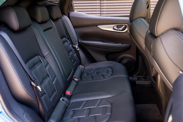 Chi tiết SUV cỡ nhỏ Nissan Qashqai 2018 với hệ thống lái bán tự động mới - Ảnh 10.