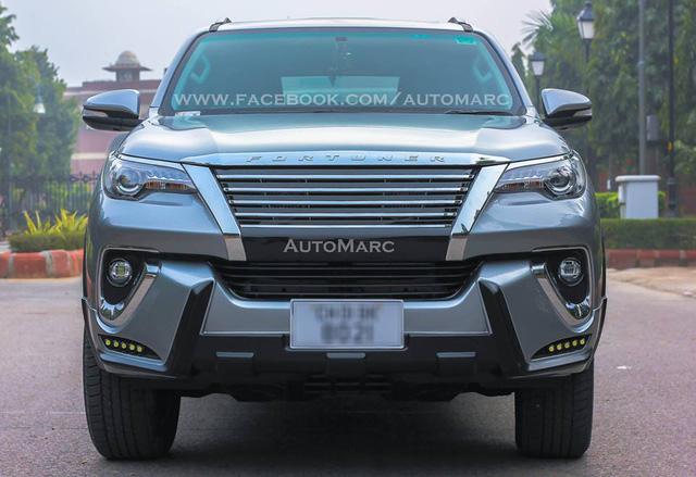 Choáng với Toyota Fortuner 2016 lắp body kit theo phong cách Lexus - Ảnh 1.