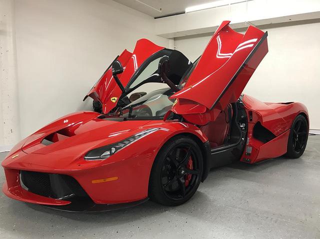 Sở hữu 300 triệu USD và bộ sưu tập siêu xe khủng nhưng đại gia này lại không mua được Ferrari LaFerrari Aperta - Ảnh 3.