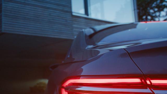 Audi A8 2018 lần đầu tiên lộ diện, có hệ thống đỗ xe tự động - Ảnh 3.