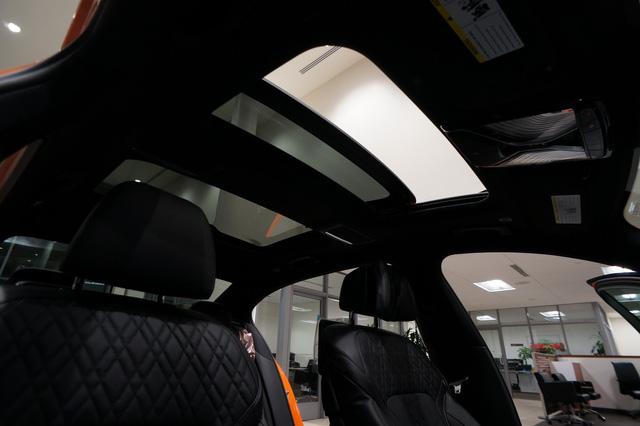 Cận cảnh chiếc BMW 750i 2017 với trang bị nhiều như mây - Ảnh 8.