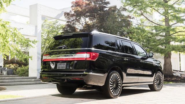Chuyên cơ mặt đất Lincoln Navigator 2018 thêm đồ sộ với phiên bản kéo dài - Ảnh 6.