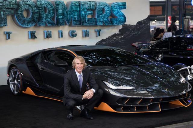 """Siêu phẩm Lamborghini Centenario xuất hiện trong buổi công chiếu """"Transformers mới - Ảnh 2."""