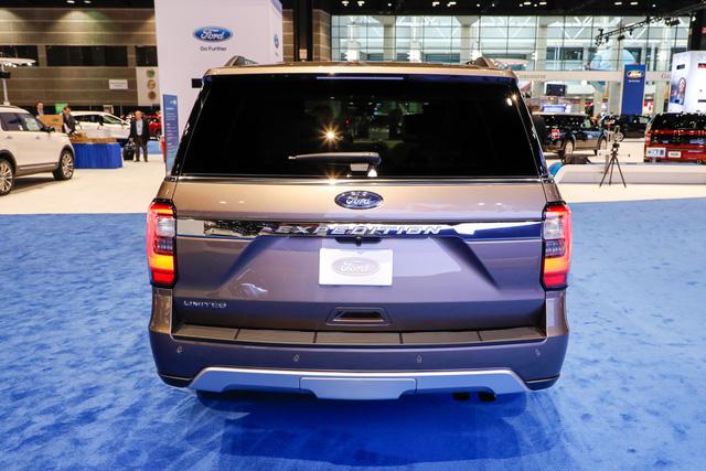 SUV 8 chỗ Ford Expedition 2018 tăng giá mạnh, lên gần 80.000 USD - Ảnh 3.
