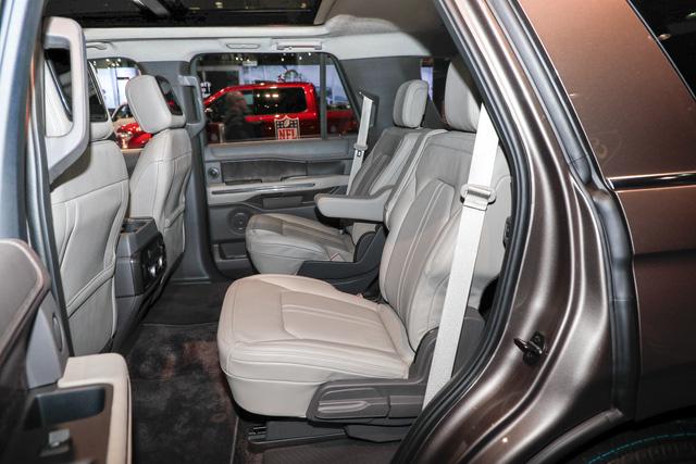 SUV 8 chỗ Ford Expedition 2018 tăng giá mạnh, lên gần 80.000 USD - Ảnh 7.