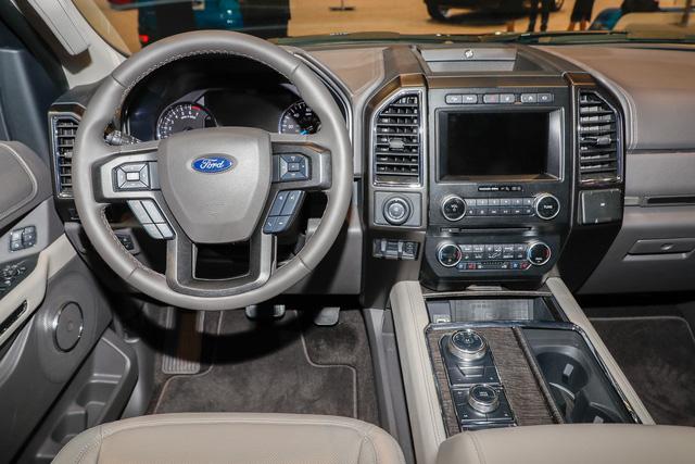 SUV 8 chỗ Ford Expedition 2018 tăng giá mạnh, lên gần 80.000 USD - Ảnh 8.
