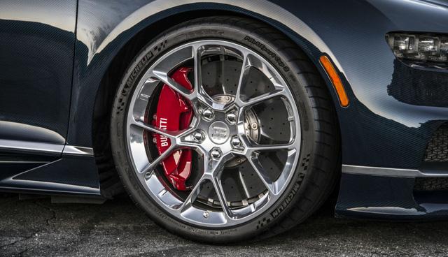 Lốp của Bugatti Chiron không thể chịu được vận tốc 482 km/h - Ảnh 2.