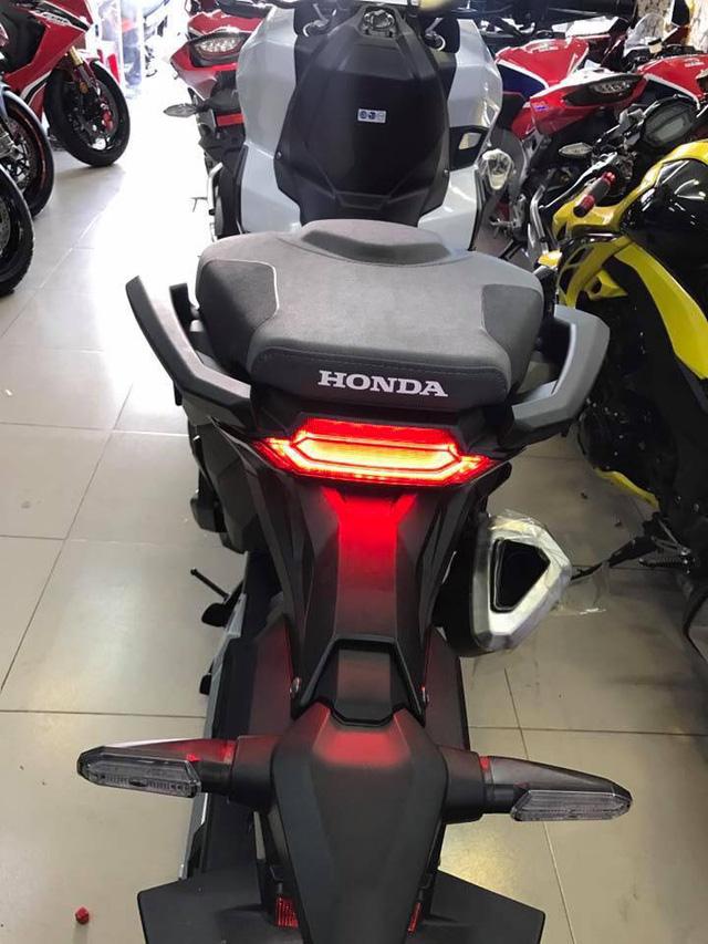 Xe ga phân khối lớn Honda X-ADV được đưa về Việt Nam, giá hơn nửa tỷ Đồng vẫn có người mua - Ảnh 6.