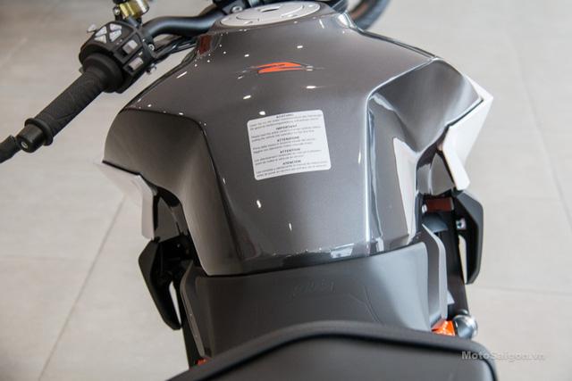 Cận cảnh 2 chiếc naked bike KTM 1290 Superduke R 2017 đầu tiên về Việt Nam - Ảnh 16.