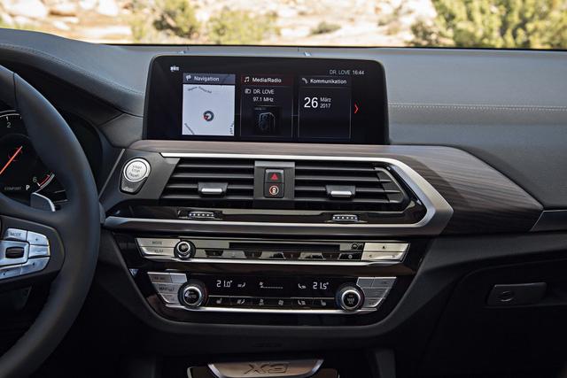 SUV hạng sang BMW X3 2018 chính thức được vén màn với công nghệ cao hơn - Ảnh 13.