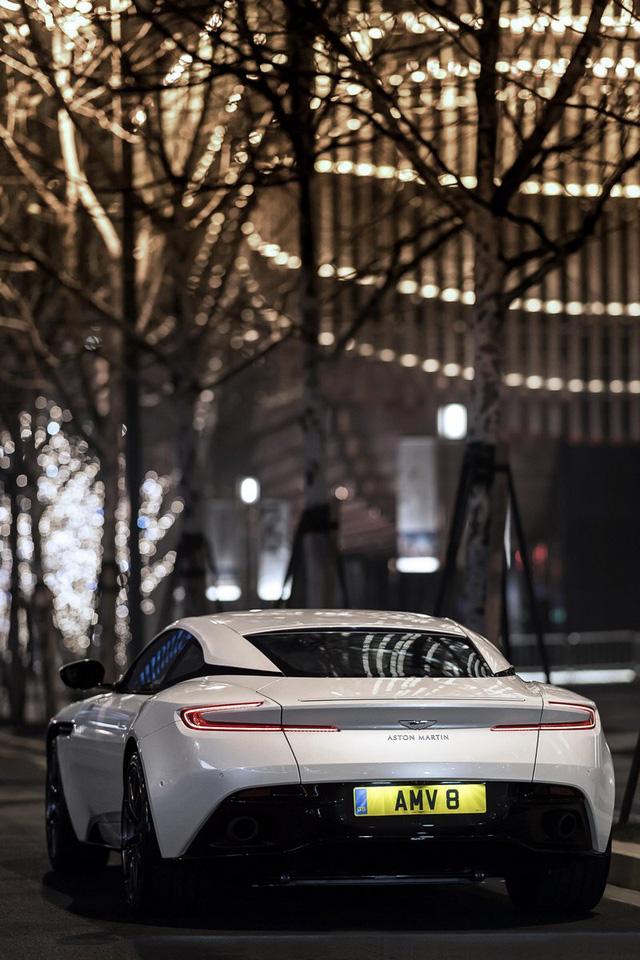 Aston Martin DB11 có thêm phiên bản V8 với giá mềm hơn - Ảnh 10.