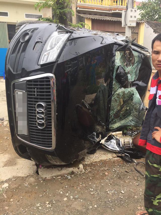 SUV sang Audi Q5 của nữ tài xế bị lật trong vụ tai nạn tại Hà Nội - Ảnh 4.